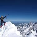 Op de top van de Finsteraarhorn (4274 m), Berner Oberland, Zwitserland